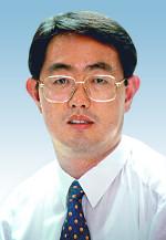 [돋을새김-염성덕] 특검과 헌재 우롱한 사람들 기사의 사진