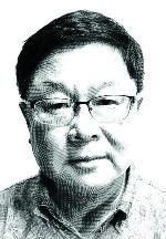 [정진영 칼럼] 유방암 이기고 보훈처장 된 피우진 기사의 사진