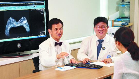 [명의&인의를 찾아서-(116) 한양대병원 유방암센터] 암 제거·미용 효과 '종양성형수술' 최고 기사의 사진