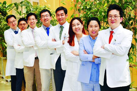 [명의&인의를 찾아서-(117) 서울시립 보라매병원 라식백내장센터] 수술환자 95% 이상이 평균 시력 1.0 유지 기사의 사진