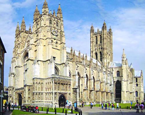[미션 톡!] 영국교회 10대 돌아왔다는데… '매주 교회 간다' 35%뿐 내실 있나 반성해야 기사의 사진