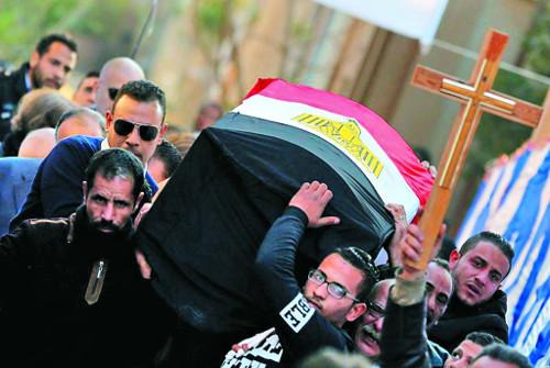 [시선, 기독교 세계] 분노한 콥트 기독교인들, 가슴 속엔 용서가… 기사의 사진