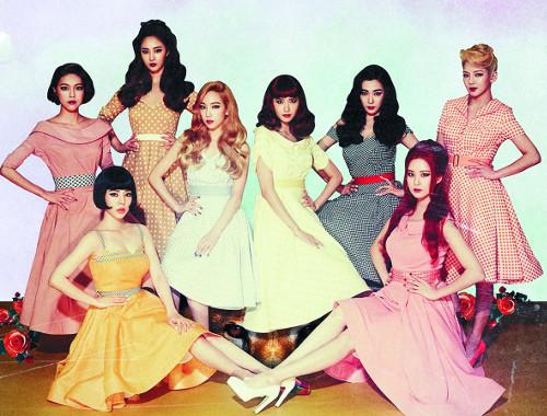 소녀시대 '10년간 베스트 K팝 걸그룹' 1위 기사의 사진