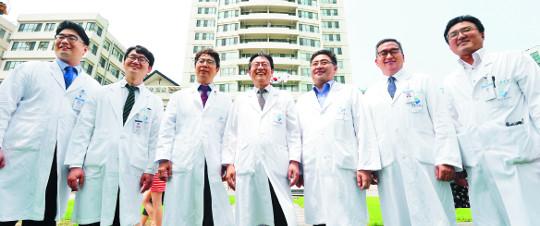 [명의&인의를 찾아서-(121) 경희의료원 뇌신경센터] 최고난도 뇌혈관질환, 9개 특수클리닉 '맞춤 진료' 기사의 사진