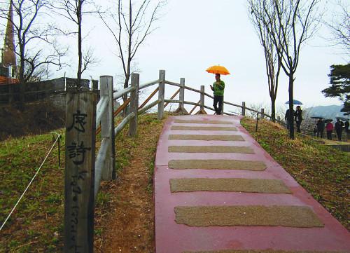 [이지현의 기독문학기행] 그 길에 서니 '영성의 시인'이요 순례자 되다 기사의 사진