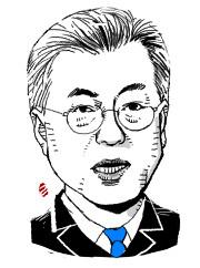 [단독] 文 대통령 8·15메시지 '北' 아닌 '보훈' 기사의 사진