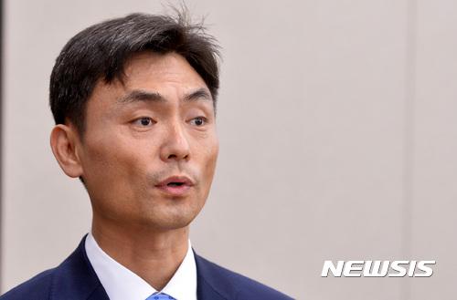 靑, 박성진 딜레마… 민주당서 부정적 기류 확산 기사의 사진