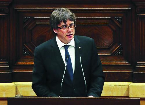 """카탈루냐 """"독립 유보, 대화하자""""… 스페인 """"타협 안한다"""" 기사의 사진"""