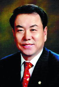 [단독] 이우현 의원, 아들 인턴기업 부실무마 위해 국감 압력행사 정황 기사의 사진