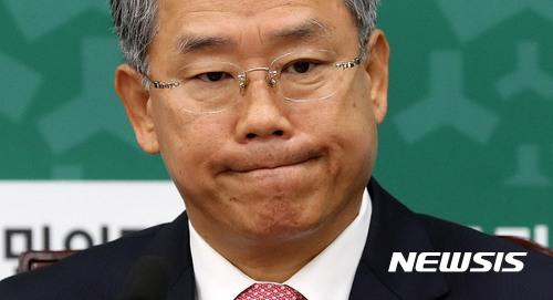 민주당, 국민의당에 '협치' 타진… 보수통합 견제구? 기사의 사진