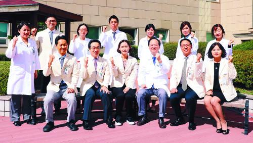 [명의&인의를 찾아서-(131) 가톨릭대 성빈센트병원 염증성 장질환 클리닉] 난치성 장질환자 '집중케어' 기사의 사진