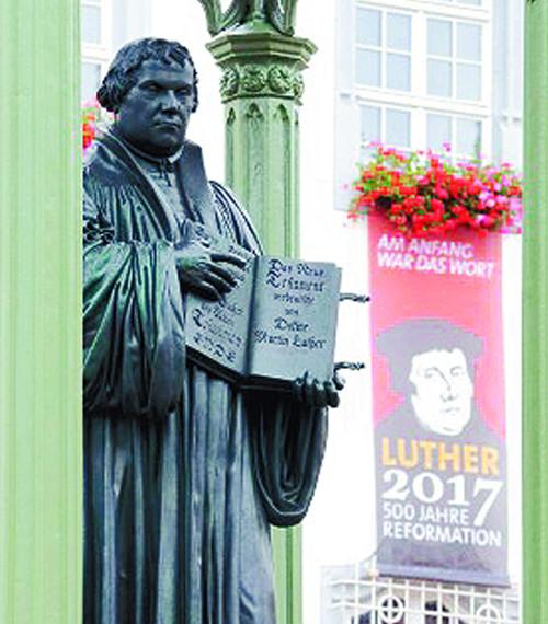 [500년 전 오늘, 루터의 망치소리 세상을 깨웠다] 나부터 신앙개혁을 기사의 사진