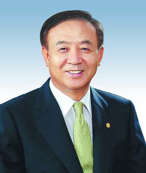 장종현 백석대 총장, 모교 단국대서 범은상 수상 기사의 사진
