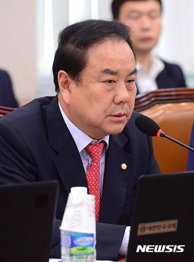 [단독] 檢, 한국당 이우현 의원 '1억 수수' 수사 기사의 사진