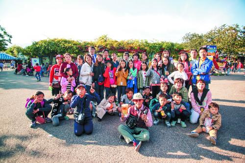 [미션 톡!]  단기선교 학생들 위해 불난 스포츠센터서 알바했었다 기사의 사진