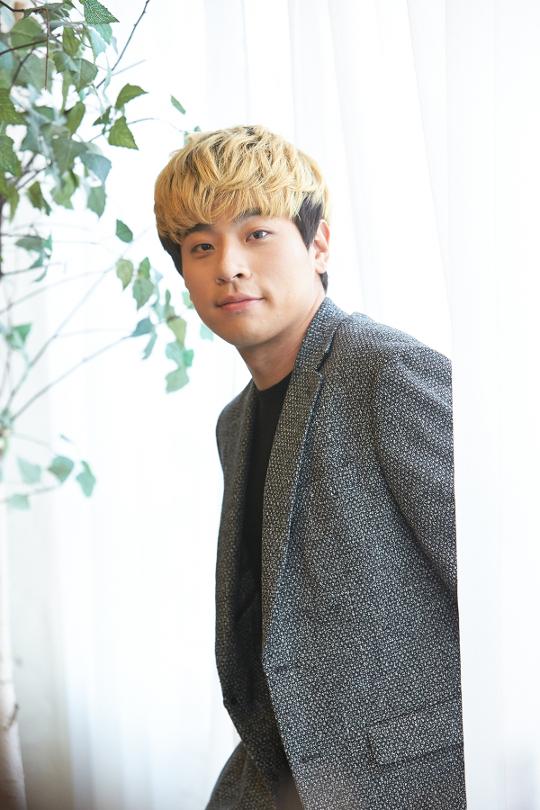 """박정민 """"힘든 작품, 팔자죠… 연기 칭찬 안심 안해"""" [인터뷰] 기사의 사진"""