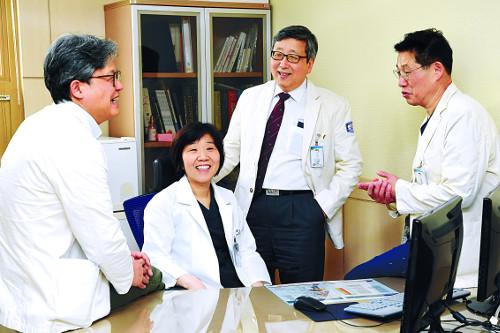 [명의&인의를 찾아서-(144) 부천성모병원 여성센터] 맞춤 치료+힐링 요법… 갱년기 여성 건강 지킴이 기사의 사진