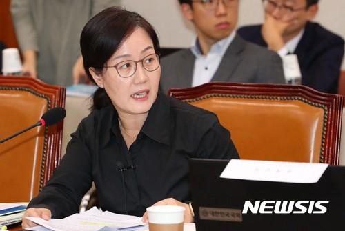 한국당 최고위, 김현아 중징계 해제 기사의 사진