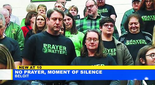 '기도는 중요하다'  美서 벌어진 티셔츠 시위, 왜? 기사의 사진