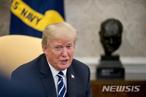 경제엔 동맹 없다… 트럼프 '무역 폭격' 기사의 사진