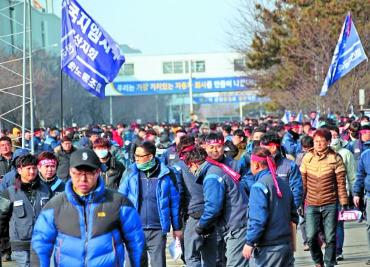 한국GM 지원 전제 실사? 회의론이 커진다 기사의 사진