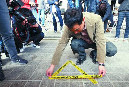오늘, 사활건 檢·비장한 MB… 비참한 국민 기사의 사진