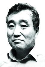 [김명호 칼럼] 문 대통령의 품격 있는 사과 어떤가 기사의 사진