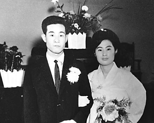 [역경의 열매] 이영호 <6> 나눔·섬김 몸에 밴 아내 덕에 목회 순풍 기사의 사진