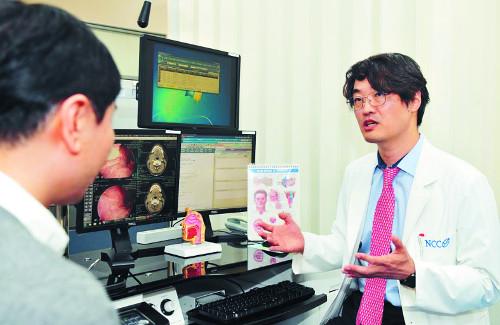 [And 건강] 달달 프렌치 키스?… HPV 옮아 입속 암 부를 수도 기사의 사진