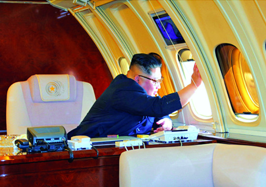 판 깨지 않으면서… 김정은, 아슬아슬한 '줄타기 외교' 기사의 사진