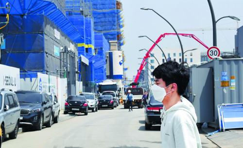 [단독] 물류트럭 많은 인천 먼지농도, 종로의 10배 넘어 기사의 사진