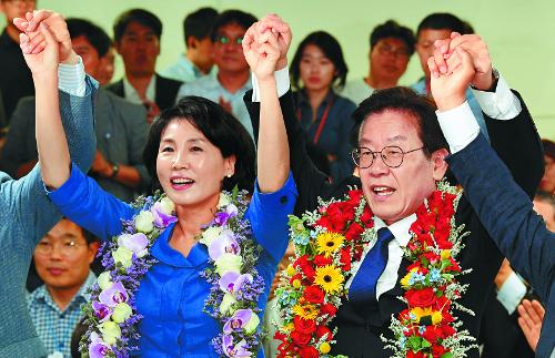 스캔들·욕설 파문 넘어선 이재명… '신뢰 회복' 숙제로 남아 기사의 사진