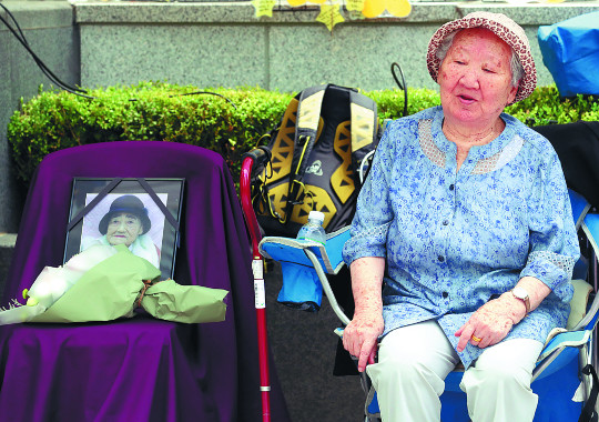 [포토] '1324차 수요시위' 김복득 할머니의 빈자리 기사의 사진
