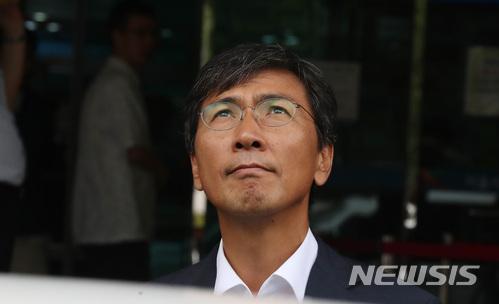 """""""김지은씨, 安 수행비서 그만둘 때 여러 번 울었다"""" 기사의 사진"""