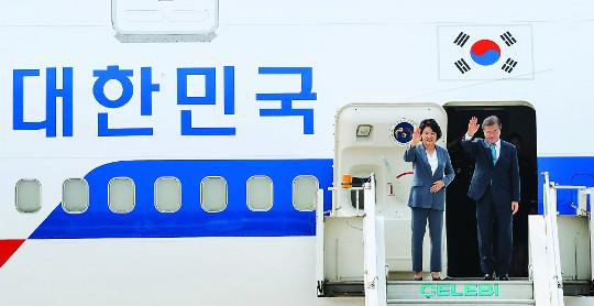 [토요판&] '페이크 에어포스 1' 수십년 '전세기'로 해외 순방하는 대한민국 대통령 기사의 사진