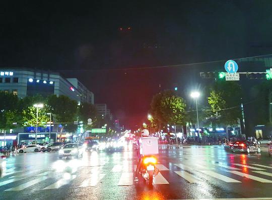 [논설실에서] 대치동의 밤 기사의 사진