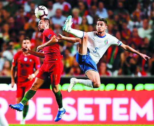 올해 첫 발 '네이션스 리그' 예상 밖 열기… 유럽은 또 다시 축구 전쟁 기사의 사진