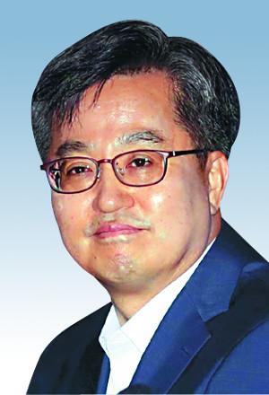 """김동연 """"최저임금 인상 속도 조절, 당청과 논의"""" 기사의 사진"""