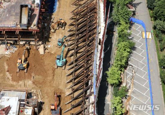 금천구, '가산동 아파트 지반침하' 대우건설 고발 기사의 사진