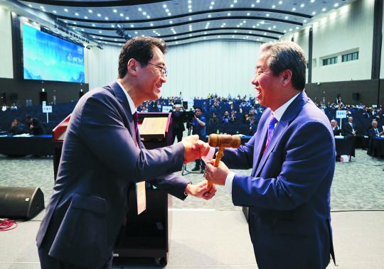 침례회 신임 총회장에 박종철 목사 기사의 사진