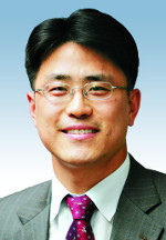 [데스크시각-김재중] 성윤모 장관에게 바란다 기사의 사진