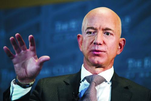 1600억 달러… 베조스 아마존 CEO, 美 최고 부자 기사의 사진
