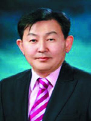 김수욱 교수 논문 발표 순위 아시아 랭킹 10위 학자 선정 기사의 사진