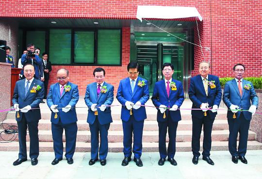 여의도순복음교회 '비전센터' 준공 기사의 사진