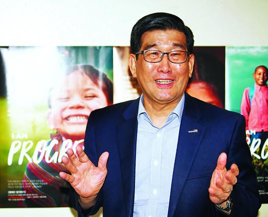 [한반도 평화와 통일을 여는 사람들 (5)] 양호승 한국월드비전 회장 기사의 사진