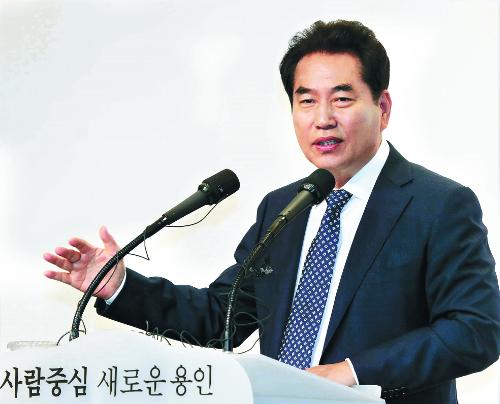 """백군기 용인시장 """"편리하고 안전한 '스마트 대중교통 도시' 구현"""" 기사의 사진"""