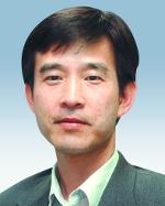 [내일을 열며-이동훈] 나바로-로스 보고서의 위력 기사의 사진