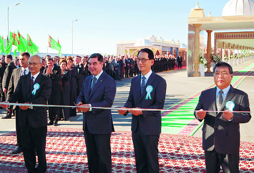 현대엔지니어링-LG상사 컨소시엄, 투르크메니스탄 석유화학플랜트 준공 기사의 사진