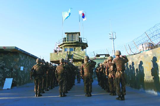 """에이브럼스 """"남북 9·19 군사합의 지지"""" 기사의 사진"""