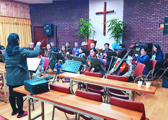 교회, 농촌에 오케스트라를 꽃 피우다 기사의 사진
